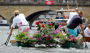 There was even a flower garden afloat!